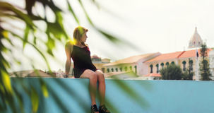 Toeristenvrouw Vacationing in de Stad Casco Antiguo van Panama Stock Foto's