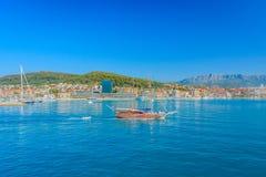Toeristisch sightseeing van boot, stad van Spleet Royalty-vrije Stock Fotografie