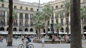 Toeristische attractie in Barcelona stock videobeelden
