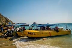 Toeristische boten in Playa-Blanca, Santa Marta Stock Foto