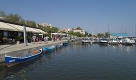 Toeristische Tomis-Haven in Constanta, Roemenië Stock Fotografie