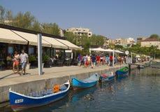 Toeristische Tomis-Haven in Constanta, Roemenië Stock Foto