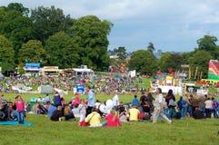 Toeschouwers bij Fiesta van de Ballon van Bristol de Internationale Royalty-vrije Stock Afbeelding