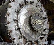 Toestellen en Wielen van Oude Stoommotor in B&W stock afbeelding
