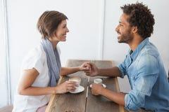 Toevallig paar die koffie hebben samen Stock Fotografie