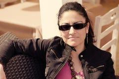 Toevallige Kaukasische Vrouw Stock Foto