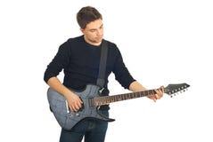 Toevallige kerel met gitaar Stock Foto