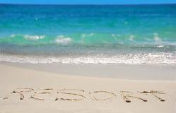 Toevlucht die op Strand wordt geschreven royalty-vrije stock foto