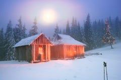 Toevluchtsoord in de winterreizigers royalty-vrije stock afbeelding