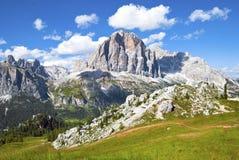 Tofana di Rozes in montagne delle dolomia Fotografia Stock