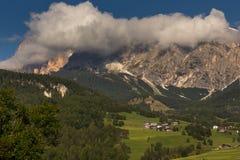 Tofana enorm vom Cortina Stockfoto