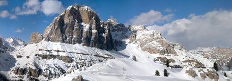 Tofane Grouppe, dAmpezzo de Cortina en dolomites Photographie stock