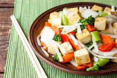 Tofu με τα λαχανικά Στοκ Φωτογραφίες