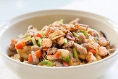Tofu frit avec des légumes Photographie stock libre de droits