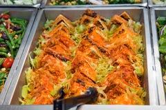 Tofu frit avec le chou de nappa Photographie stock libre de droits