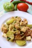 Tofu fritado agitação ou Oseng Tahu Imagens de Stock