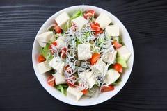 Tofu i whitebait sałatka zdjęcie stock