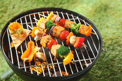 Tofu kebabs with colorful fresh vegetables Stock Photos