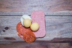 Tofu och haricot vert med morötter och selleri Arkivbild