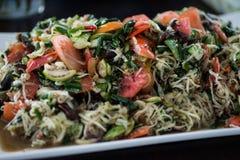 Tofu och haricot vert med morötter och selleri Royaltyfri Foto