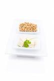 Tofu och soybeans. Royaltyfria Foton