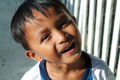 TOGIAN-ÖAR - September 02, 2014: Stående av barnet i en Baj Royaltyfri Bild