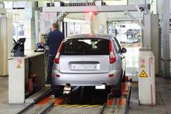 新的Lada Kalina测试在工厂VAZ的 免版税库存照片