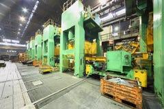Helle Werkstatt an Avtovaz Fabrik Stockfotos