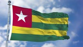 Togo Flag in een Blauwe Hemel Royalty-vrije Stock Afbeelding