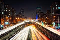 Tohidtunnel in Teheran bij Nacht, in Januari 2019 wordt genomen genomen in hdr die stock foto's