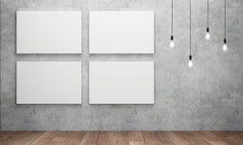 Toile blanche vide avec les ampoules rougeoyantes Photos libres de droits