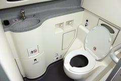 Toilet aan boord stock afbeeldingen