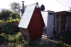Toilet buiten in het dorp Details en close-up royalty-vrije stock afbeelding