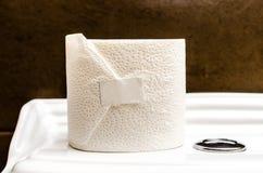 Wit toiletpapier, Stock Afbeelding