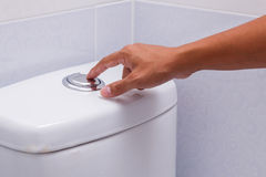 Toilette de nettoyage Photographie stock libre de droits