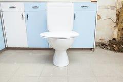 Toilette hat, schon installiert zu sein Lizenzfreie Stockfotos