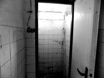 Toilette im alten Haus Stockfotografie