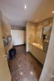 Toilette moderne del wc del pubblico Immagine Stock Libera da Diritti