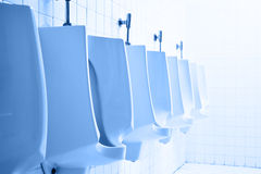 Toilette publique de Mens Photos libres de droits