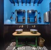 Toilette in ristorante messicano immagine stock libera da diritti