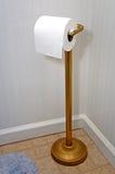 Toilettenpapierhalterung stockbild
