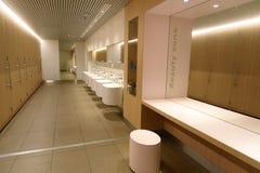 Toilettes dans l'aéroport de Schiphol Amsterdam, Hollandes Photographie stock
