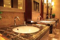 Toilettes publiques de luxe Images libres de droits