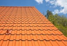 toit carrelé moderne photos libres de droits
