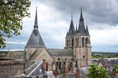 Toit de la cathédrale St Louis dans Blois Image libre de droits