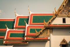 Toit de Wat Phra Kaew, temple d'Emerald Buddha, Bangkok, Th Photos libres de droits