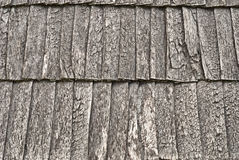 Toit en bois de bardeau Images stock