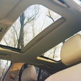 Toit panoramique de voiture Détails d'intérieur de voiture image libre de droits