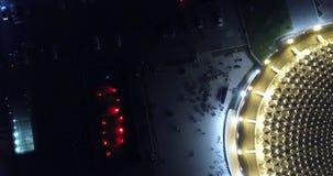 Toit rond du bâtiment Longueur de bourdon La vue ? partir du dessus banque de vidéos