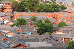 Toits de vieille ville de lijiang, yunnan, porcelaine Photos stock